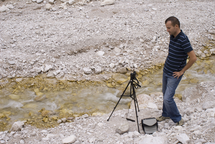 Daniele Carrer while filming a time-lapse