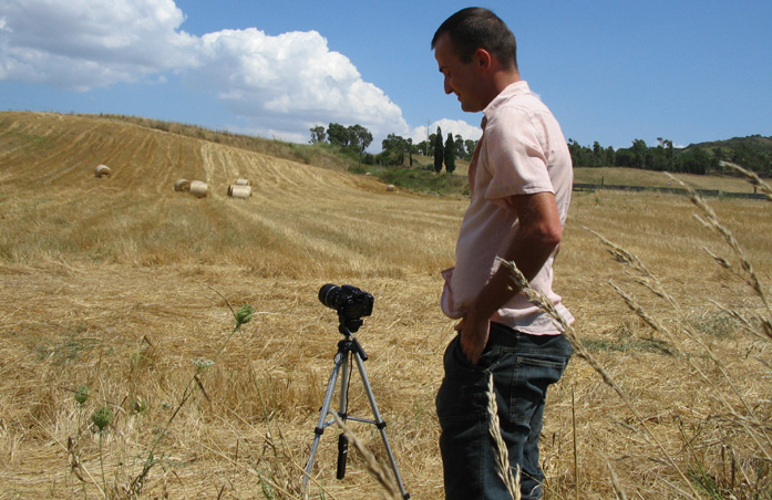 Daniele Carrer shooting a time-lapse in Sardinia in 2008